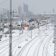 Schnee-Chaos! Leipziger Hauptbahnhof wieder am Netz (Foto)