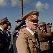 Kinderbuch verehrt Adolf Hitler als großen Staatsmann (Foto)