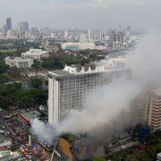 In einem Touristenhotel in Manila ist ein Großfeuer ausgebrochen. (Foto)