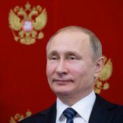 Wladimir Putin gewinnt haushoch und bedankt sich (Foto)