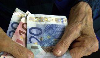 Die nächste Rentenerhöhung kommt Mitte diesen Jahres. (Foto)