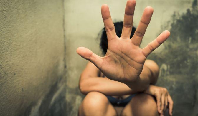 Widerliche Vergewaltigung (Foto)