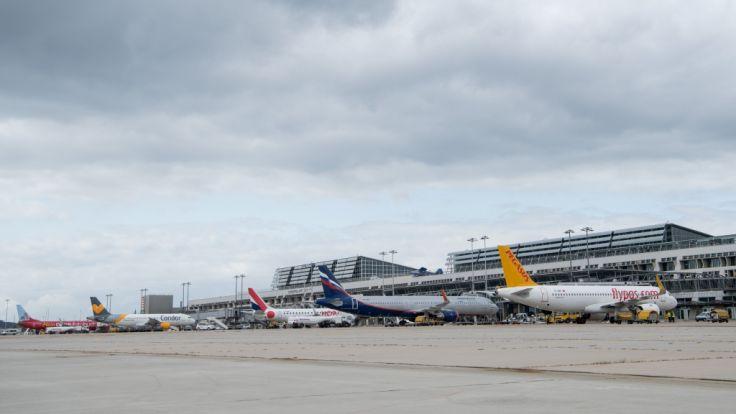 Passagiere sitzen drei Tage am Stuttgarter Flughafen fest