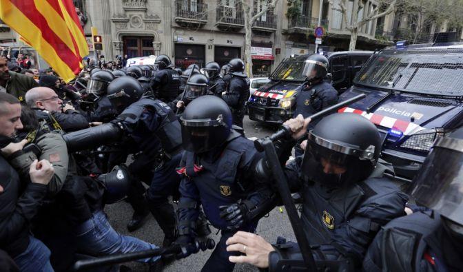 Zusammenstöße in Barcelona