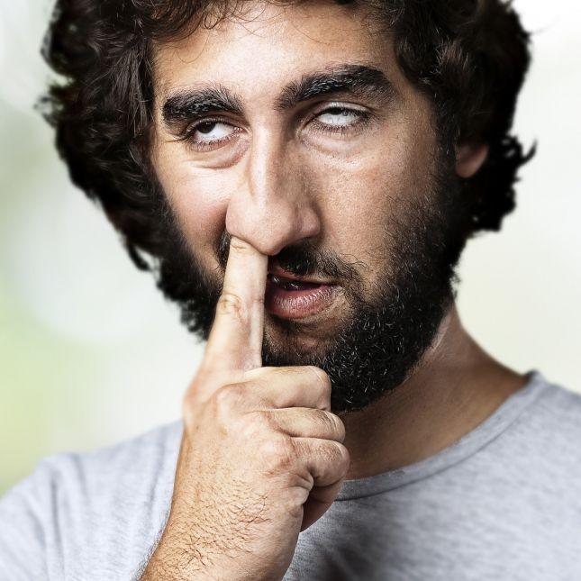 Ernste Folgen! Das kann beim Bohren in der Nase passieren (Foto)