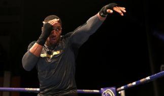 Schwergewichts-Weltmeister Anthony Joshua (Großbritannien) steht am Samstag gegen Herausforderer Joseph Parker aus Neuseeland im Ring. (Foto)