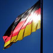 Sprudelnde Steuereinnahmen! Deutschlands Schuldenberg schrumpft (Foto)