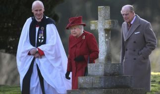 Beim Ostergottesdienst 2018 fehlte Prinz Philip (rechts) an der Seite von Queen Elizabeth II. (Foto)