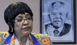 Winnie Mandela, die Ex-Ehefrau von Nelson Mandela, ist mit 81 Jahren gestorben. (Foto)