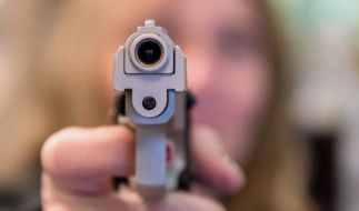 Eine Frau in Houston schoß ihrem Freund nach einem Streit in den Kopf. (Symbolbild) (Foto)