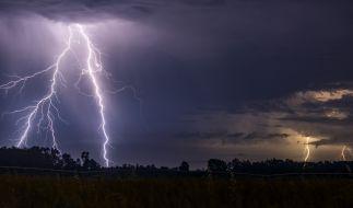 Nach der ersten Hitzewelle folgen die Gewitter. (Foto)