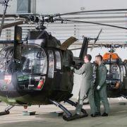 Hubschrauber streift Tower - Mitarbeiter stirbt (Foto)