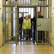 Merkel vor Gericht? DAS steckt dahinter (Foto)