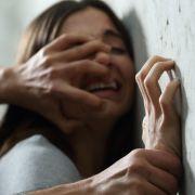 Perverser hielt Frau tagelang als Sex-Sklavin gefangen (Foto)