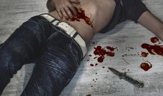 In Moers ist ein 13-Jähriger mit einem Messer attackiert worden. (Symbolbild) (Foto)