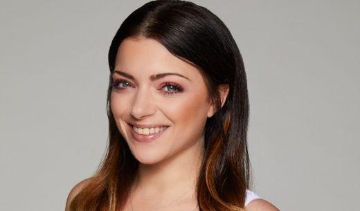 Auch Emily-Darstellerin Anne Menden (32) zeigt ihren sexy Sommerlook.