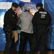 Sechs Festnahmen, kiloweise Rauschgift! Polizei filzt über 800 Personen (Foto)