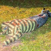 Kopflos und blutverschmiert! Polizei hält Puppe für Leiche (Foto)