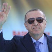 Erdogan will seine Macht sichern - und kündigt Neuwahlen an! (Foto)
