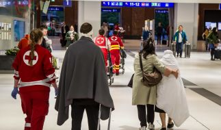Bei der Kollision zweier Züge in Salzburg wurden zahlreiche Menschen verletzt. (Foto)