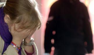 Erneut wurden junge Mädchen in Indien missbraucht und getötet (Symbolbild). (Foto)
