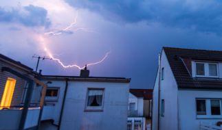 Nach dem Mini-Sommer rollt nun eine Gewitterfront über Deutschland hinweg. (Foto)