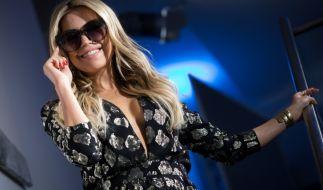 Sylvie Meis verführt nicht nur mit ihrer eigenen Sonnenbrillen-Kollektion... (Foto)