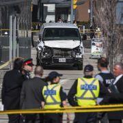 10 Tote, 15 Verletzte! Lkw rast in Fußgänger - Fahrer geistig verwirrt (Foto)