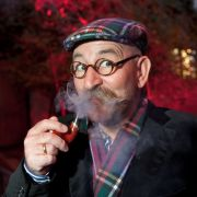 Miese Gage hinter den Kulissen bei Horst Lichter (Foto)