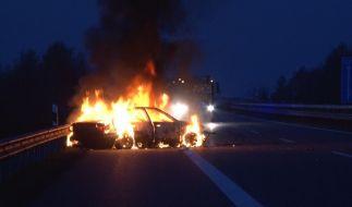 In Texas hat eine Mutter ihre drei Kinder in einem brennenden Auto eingesperrt (Symbolbild). (Foto)