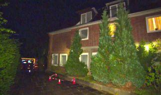 Ein 66-Jähriger stürzt von seinem Balkon aus dem zweiten Stock in die Tiefe und stirbt. (Foto)