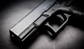 Eine 27-jährige US-Amerikanerin hat eine Schusswaffe in ihrer Vagina versteckt. (Symbolbild) (Foto)