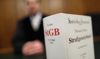 Die Staatsanwaltschaft in Essen erhebt Anklage gegen 5 Männer wegen Gruppenvergewaltigungen. (Symbolbild) (Foto)