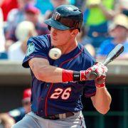 Baseball-Star bekommt Ball mit 164 km/h in die Weichteile (Foto)