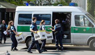 Bei einer Schleuser-Razzia in Hamburg, Bremen und der Altmark waren 800 Beamte im Einsatz (Symbolbild). (Foto)