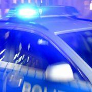 Polizeiauto erfasst Fußgänger (24) bei Fahndung - tot! (Foto)