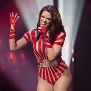 Sexy Po-Po-Show! Schlager-Schönheit begeistert mit knappem Outfit (Foto)