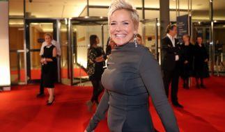 """Moderatorin Inka Bause führt Sie auch in der 14. Staffel durch """"Bauer sucht Frau"""". (Foto)"""