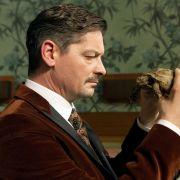HIER können Sie Fritz Karl als spleenigen Anwalt noch einmal sehen (Foto)