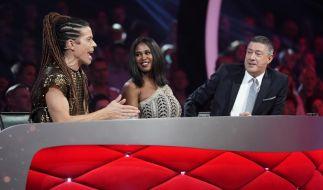 """Die """"Let's Dance""""-Juroren: Jorge González, Motsi Mabuse und Joachim Llambi (von links). (Foto)"""