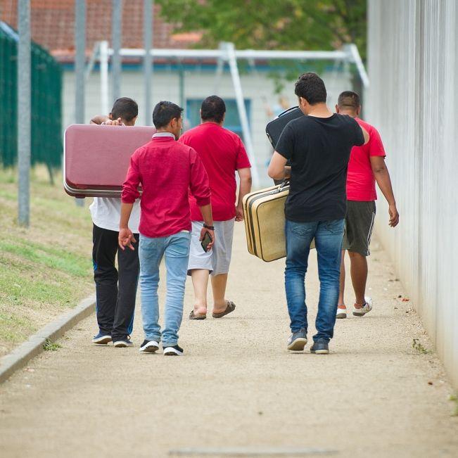 SO VIEL Geld verschlang die Flüchtlingskrise im letzten Jahr! (Foto)