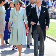 Carol Middleton and Michael Francis Middleton kommen zur St.-Georgs-Kapelle.