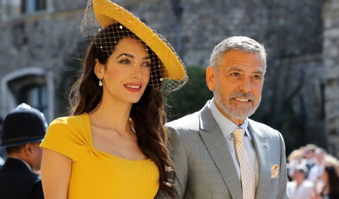 Amal Clooney and George Clooney kommen zur St.-Georgs-Kapelle.