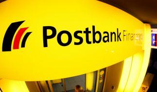 Die Postbank schließt mehr als 100 Filialen. (Foto)