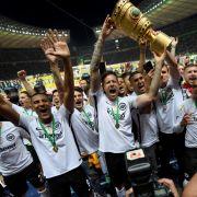 Sensationell! Eintracht gewinnt DFB-Pokal 2018! (Foto)