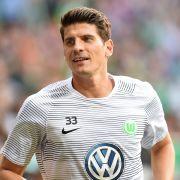 MARIO GOMEZ - Verein: VfB Stuttgart, Geburtstag: 10. Juli 1985 in Riedlingen, Länderspiele: 73, Tore: 31, Debüt: 7. Februar 2007 beim 3:1 gegen Schweiz in Düsseldorf, Turniere: EM 2008, WM 2010, EM 2012, EM 2016.
