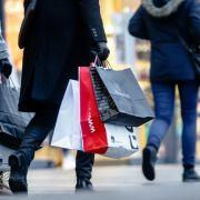 Sonntagsverkauf und Shoppingspaß lockte Ende Mai in DIESEN Städten (Foto)