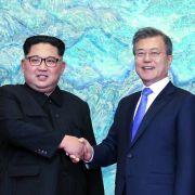 Nach Trump-Absage: Südkoreas Präsident Moon trifft Kim Jong Un (Foto)
