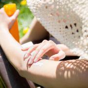 DIESE Sonnenschutzmittel haben bei Öko-Test überzeugt (Foto)