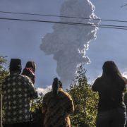Alarmstufe Rot! Indonesischer Vulkan Merapi ausgebrochen (Foto)